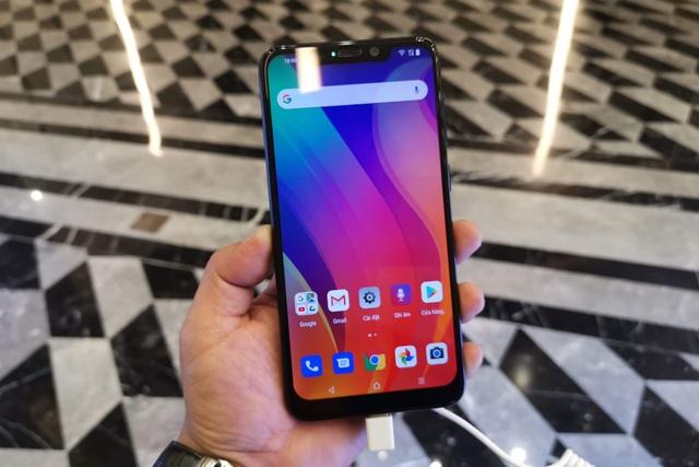 Cận cảnh Active 1+, smartphone có cấu hình khủng nhất của Vsmart - 4