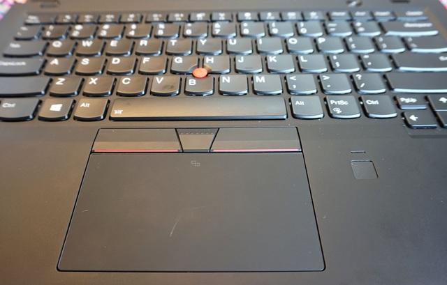 Đập hộp ThinkPad X1 Carbon Gen 6 giá 41,9 triệu đồng - 9