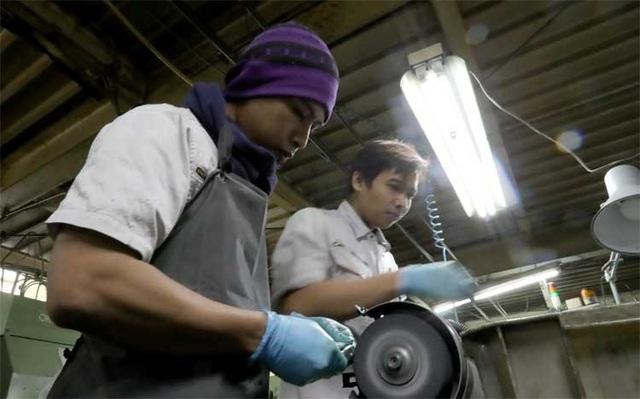 Nhật Bản sẽ vừa bảo vệ vừa quản lý chặt hơn lao động nước ngoài - 1