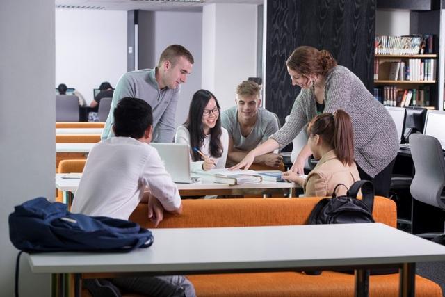 Sinh viên tại ĐH RMIT luôn được khuyến khích tranh luận để rèn luyện tư duy sáng tạo và kỹ năng phản biện.