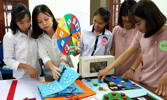 Các mô hình phục vụ cho giảng dạy trẻ khuyết tật vô cùng phong phú về kiểu dáng và cách thức truyền tải: bài hát, câu chuyện, đóng kịch, hình in nổi trên giấy…