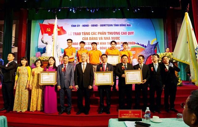 Ông Trần Bá Dương và THACO nhận Huân chương Lao động hạng Nhất - 2