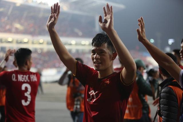 Niềm hạnh phúc tột cùng của tuyển thủ Việt Nam sau chức vô địch - 11