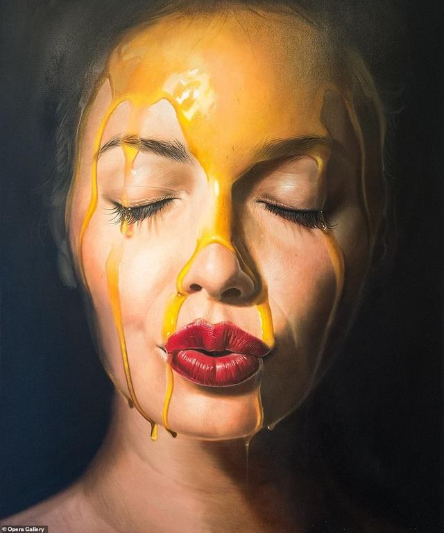 """Tác phẩm của họa sĩ người Đức Mike Dargas. Bức tranh có tên """"I Disapper"""" (Tôi biến mất)."""
