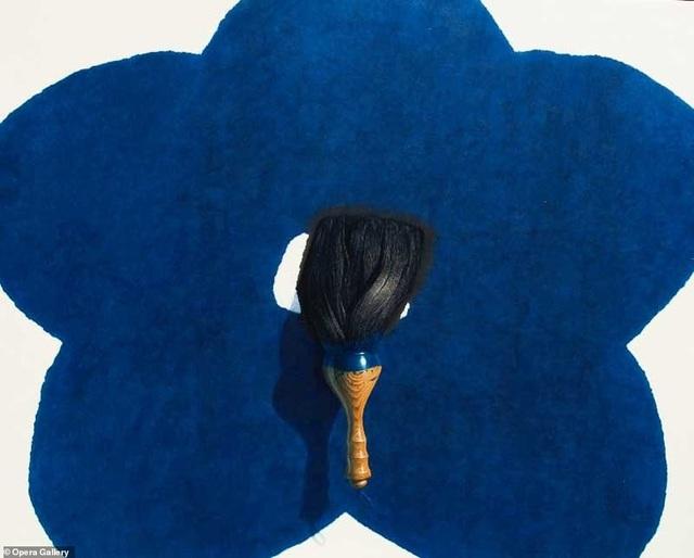 """Bức tranh của họa sĩ người Hàn Quốc Lee Jung Wong có tên """"Brush"""" (Cây cọ)."""