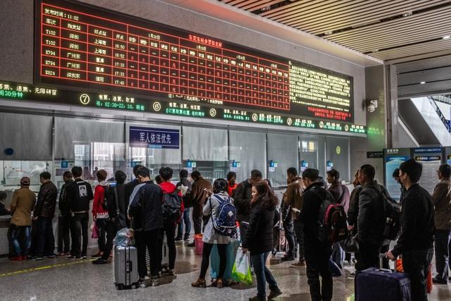 Kinh tế Trung Quốc ảm đạm giữa vòng xoáy chiến tranh thương mại - Ảnh 1.
