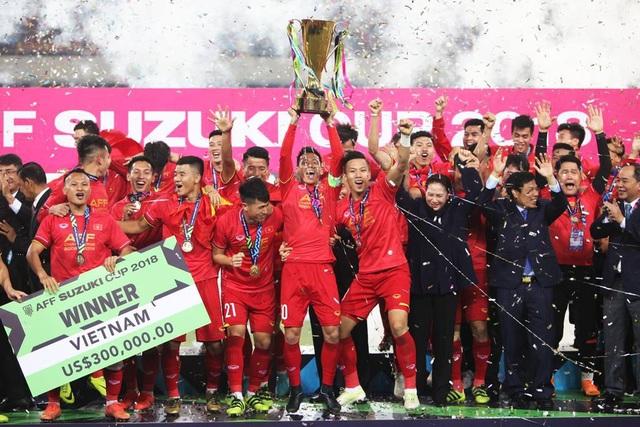 Bóng đá Việt Nam thành công trong năm 2018, hứa hẹn thành công lâu dài, nhờ lực lượng cầu thủ được đào tạo bài bản, có tính kế thừa cao (ảnh: Quý Đoàn)
