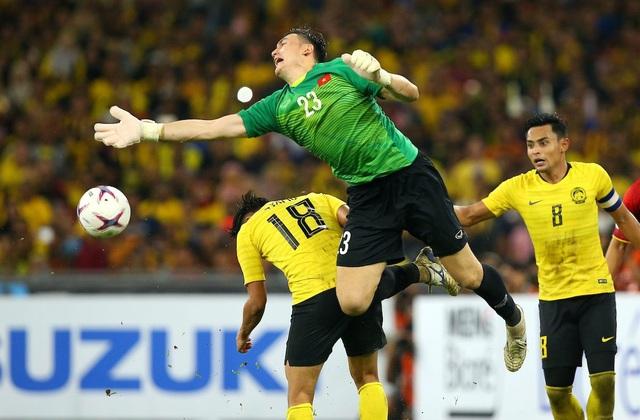 Đặng Văn Lâm thi đấu chắc chắn trong khung gỗ của đội tuyển Việt Nam