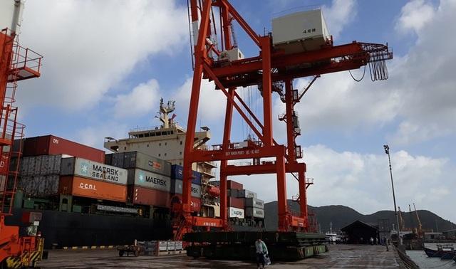 Theo lãnh đạo công ty, Cảng Quy Nhơn phát triển nhờ đầu tư thêm trang thiết bị hiện đại.