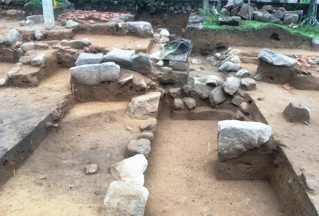 Năm 2018, các nhà khảo cổ đã mở 4 hố khai quật và 2 hố thám sát với tổng diện tích 542,99m2. Đây là cuộc khai quật đầu tiên tại địa điểm chùa Am Các.