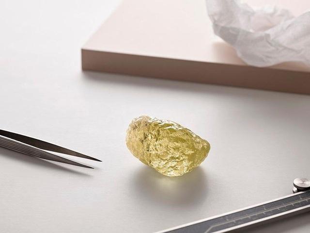 Viên kim cương lớn tới 552 carat. (Nguồn: DOMINION DIAMOND MINES)