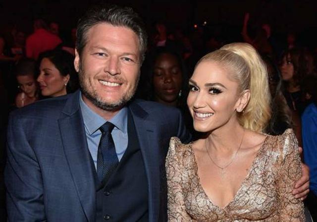 Blake Shelton và Gwen Stefani bắt đầu hẹn hò từ năm 2015 và rất nghiêm túc trong chuyện tình cảm. Trước đó cả 2 đều đã trải qua hôn nhân đổ vỡ