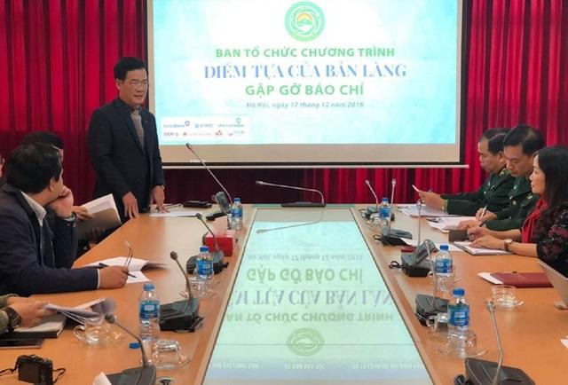 Ban Tổ chức chương trình Điểm tựa của bản làng giới thiệu về nội dung, mục đích, kết quả của hơn 1 năm hoạt động