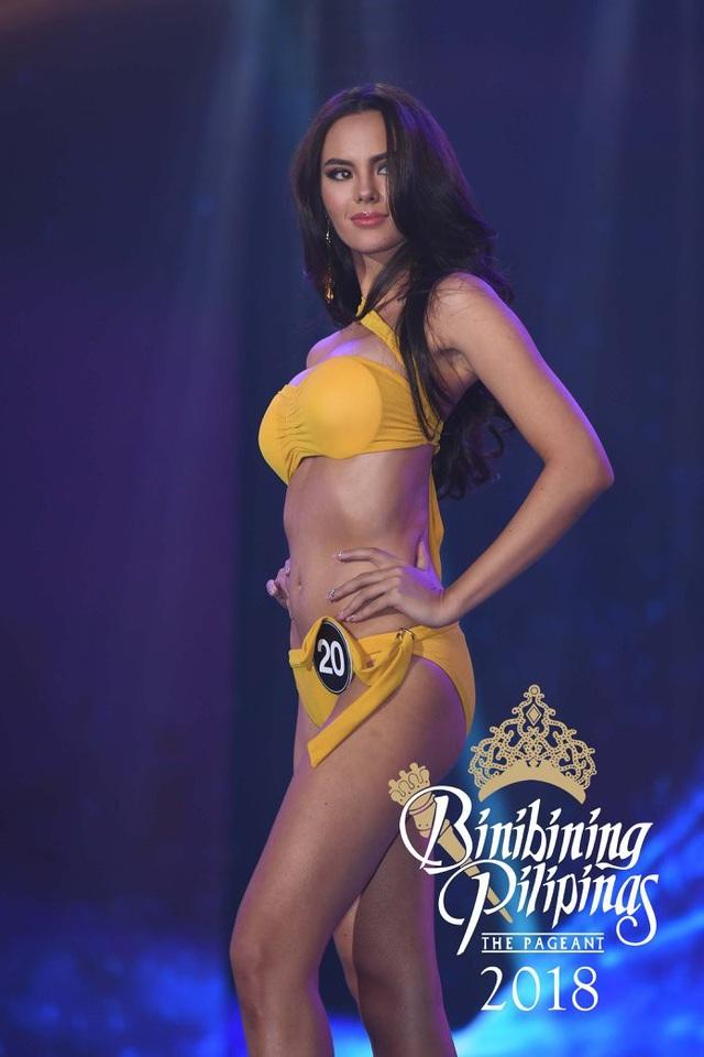 Hồ sơ thành tích đáng nể cùng vẻ ngoài nóng bỏng của tân Hoa hậu Hoàn vũ - 10