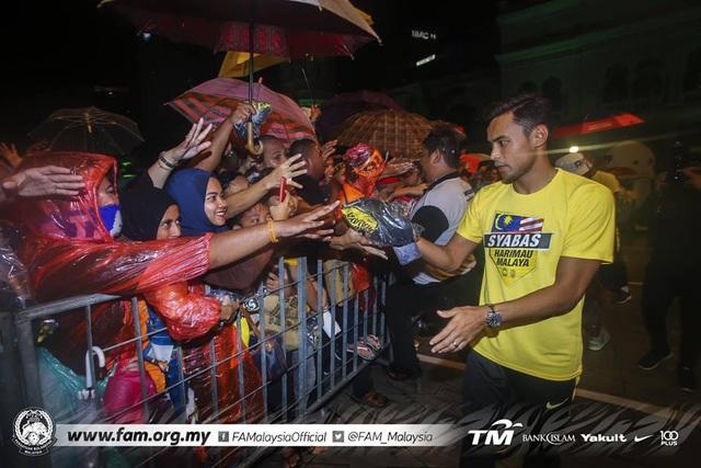 Thất bại trước đội tuyển Việt Nam, Malaysia vẫn được chào đón như người hùng - 4