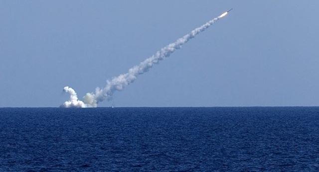 Tên lửa Kalibr, được nhiều chuyên gia nói có nhiều điểm tương đồng với 9M279. Ảnh: Sputnik