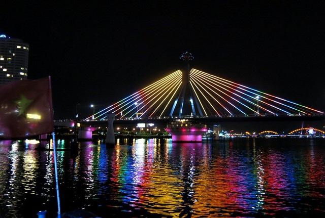 Du lịch đường sông ở Đà Nẵng phát triển chưa xứng với tiềm năng