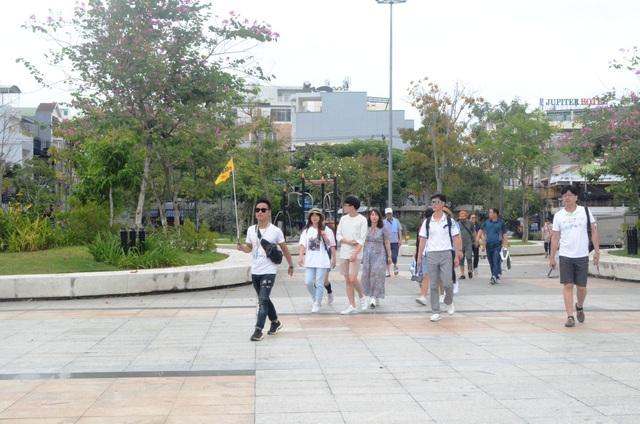 Tình trạng người nước ngoài hoạt động chui được phát hiện ở Đà Nẵng chủ yếu trong lĩnh vực du lịch (ảnh minh hoạ)