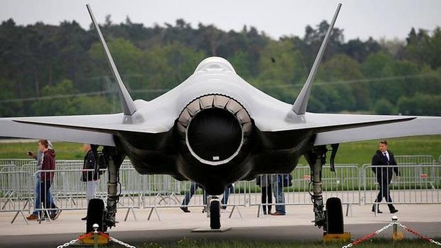Một máy bay chiến đấu F-35 tại triển lãm ở Berlin, Đức tháng 4/2018 (Ảnh: Reuters)