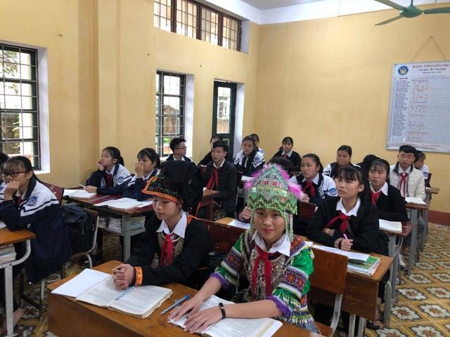 Học sinh trường Phổ thông dân tộc Nội trú THCS Văn Yên