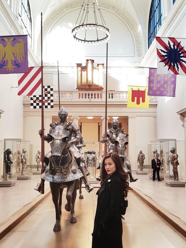 """Đừng quên dành nhiều thời gian để chiêm ngưỡng các bộ sưu tập nghệ thuật và đồ tạo tác liên quan đến nghệ thuật đa dạng nhất thế giới tại Bảo tàng Metropolitan – bảo tàng hấp dẫn nhất của """"thành phố quả táo khổng lồ""""."""
