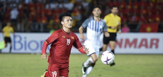 Quang Hải được bình chọn là cầu thủ AFF Cup 2018