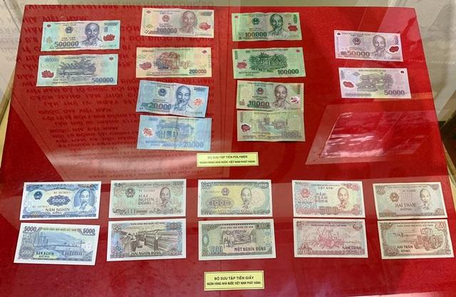 Các loại tiền của Việt Nam qua các thời kỳ đang được trưng bày tại bảo tàng TP Cần Thơ