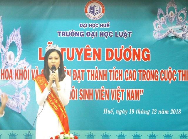 SV Nguyễn Thị Phương Lan phát biểu cảm nghĩ