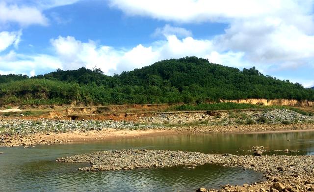 Khu vực dưới chân đập thủy điện Sông Tranh 3, nơi nạn nhân bị mất tích khi nhà máy này xả nước phát điện