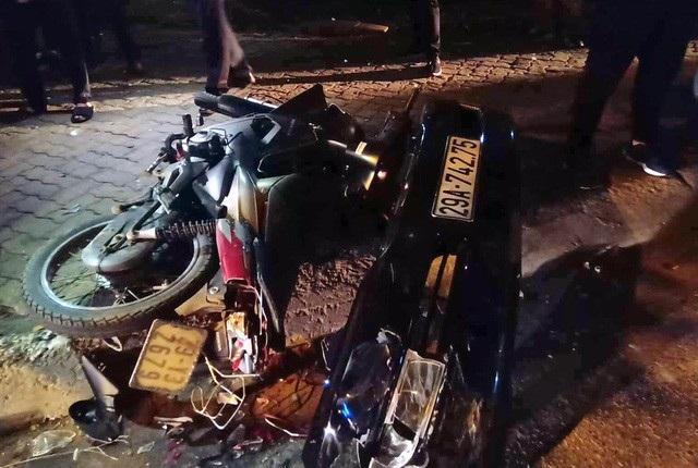 Nhiều phương tiện bị hư hỏng trong vụ việc.