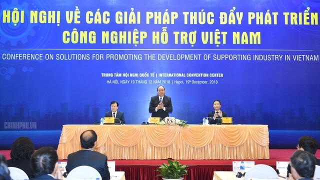 Thủ tướng Nguyễn Xuân Phúc tham dự và chỉ đạo Hội nghị