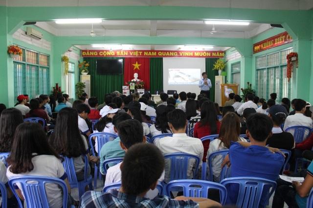 Tỉnh Đồng Tháp đã đưa trên 1.500 lao động đi XKLĐ qua 9 tháng đầu năm 2018.