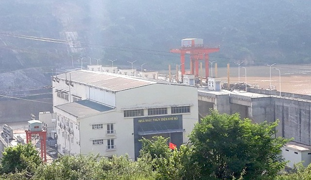 Thủy điện Khe Bố bị người dân xã Tam Quang kiện đòi đền bù thiệt hại.