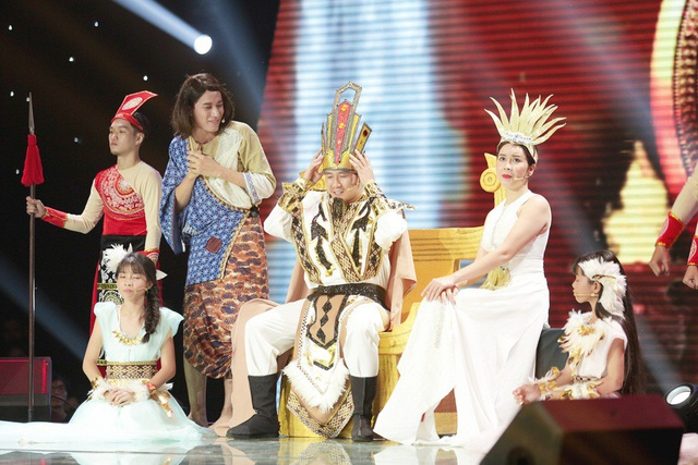 Hồ Hoài Anh- Lưu Hương Giang đã dựng lên vở nhạc kịch Sơn Tinh- Thủy Tinh hoành tráng, gây ấn tượng mạnh với khán giả.