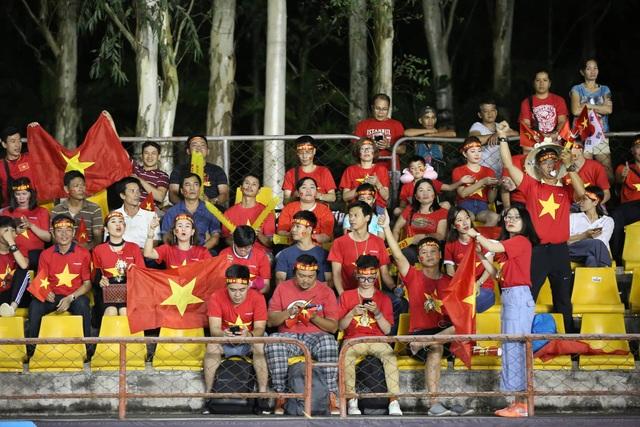 Philippines 1-2 Việt Nam: Chiến thắng ấn tượng - 22