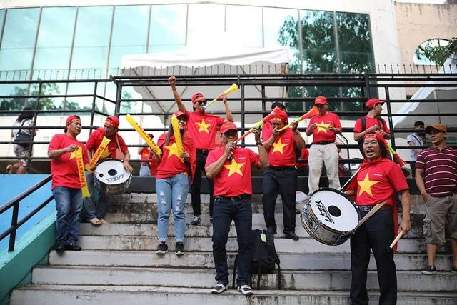 Philippines 1-2 Việt Nam: Chiến thắng ấn tượng - 24
