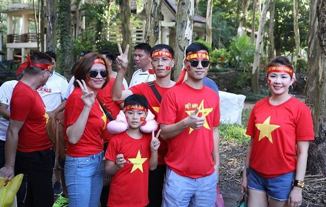 Philippines 1-2 Việt Nam: Chiến thắng ấn tượng - 23