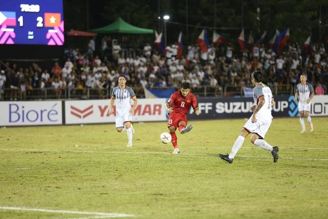 Đức Chinh đã chơi đầy ấn tượng khi được tung vào sân ở hiệp 2