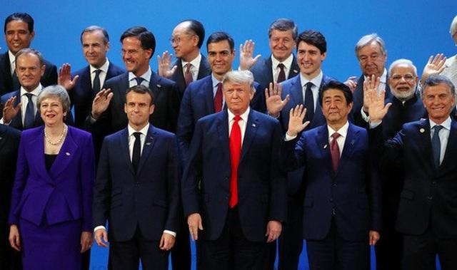 Các nhà lãnh đạo G20 trong ngày đầu tiên của hội nghị Ảnh: REUTERS