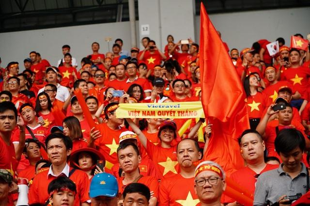 Vietravel luôn tiên phong tổ chức các tour charter cổ vũ cho tuyển Việt Nam trong các giải đấu quốc tế