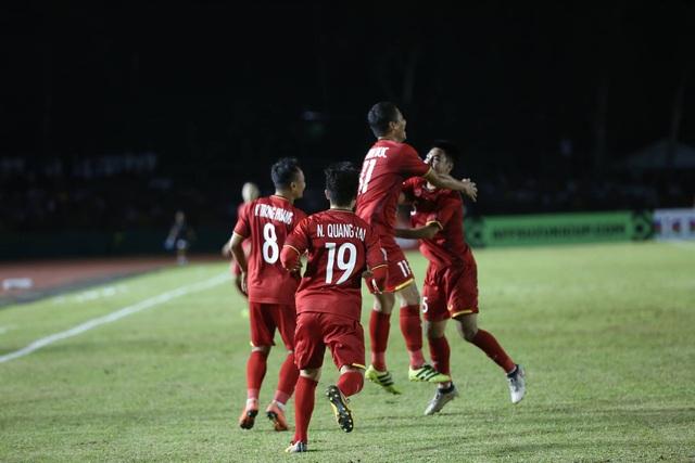 Đội bóng của HLV Park Hang Seo cũng đồng đều hơn so với đối thủ (ảnh: Huyền Trang)