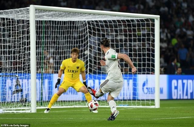 Tình huống mở tỷ số của Bale ở phút 44