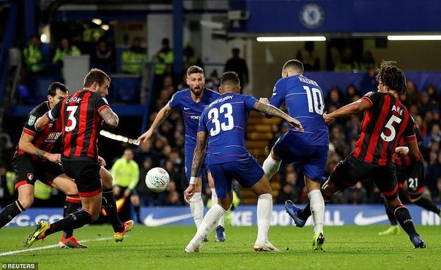 Pha dứt điểm của Hazard mang tới sự khác biệt về tỉ số