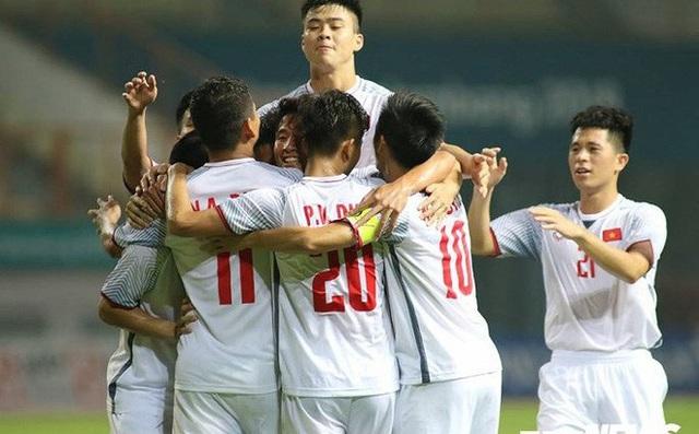 Olympic Việt Nam lần đầu tiên trong lịch sử vào bán kết môn bóng đá nam Asiad