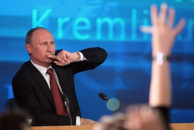Tổng thống Putin họp báo trực tiếp với 1.700 phóng viên - Ảnh 1.