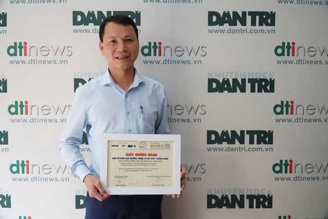 Trao giấy chứng nhận và giải thưởng cho tác giả công trình được vinh danh ở lĩnh vực KHCN - Ảnh 3.