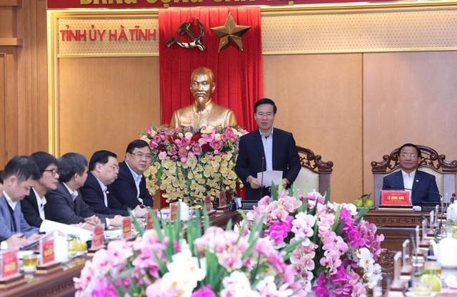 Đồng chí Võ Văn Thưởng phát biểu kết luận buổi làm việc