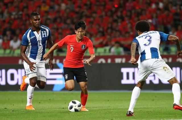Messi Hàn Quốc bị gạch tên khỏi danh sách dự Asian Cup 2019 - Ảnh 1.