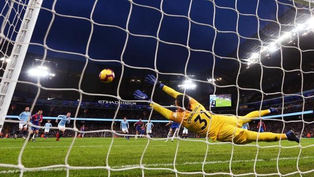 Nhìn lại thất bại gây sốc của Man City trước Crystal Palace - Ảnh 10.