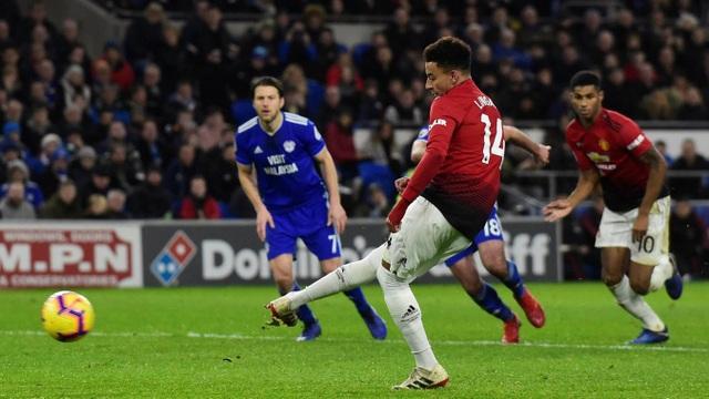 Những khoảnh khắc trong trận ra mắt Man Utd tuyệt vời của Solskjaer  - Ảnh 15.